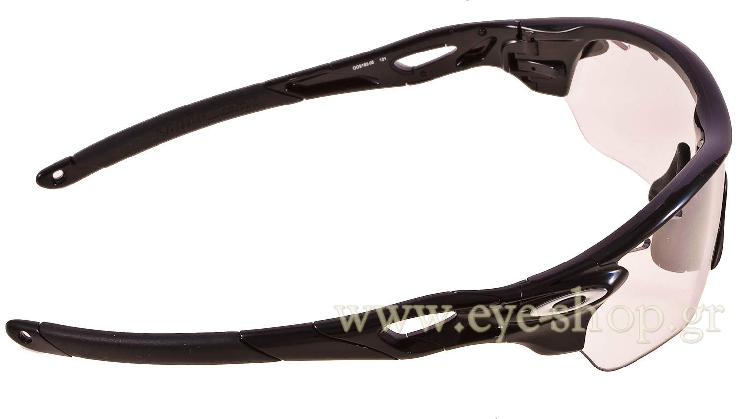 Oakley μοντέλο Radarlock Edge 9183 στο χρώμα 9183 05 black iridium Photochromic